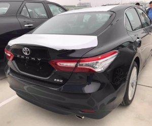 Toyota Camry 2019 ra mắt tại sự kiện dành riêng cho đại lý3aa