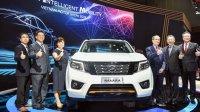 Nissan Navara Black Edition A-IVI ra mắt khách Việt, giá 835 triệu đồng