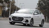 Hyundai Elantra đời cũ đại hạ giá, dọn đường cho phiên bản mới
