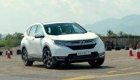 Honda CR-V 2018 7 chỗ có giá từ 1,136 tỷ đồng, đắt hơn nhiều so với Mazda CX-5