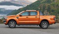 Tháng 4/2018: Ford Ranger mất ngôi, chỉ bán được 73 xe